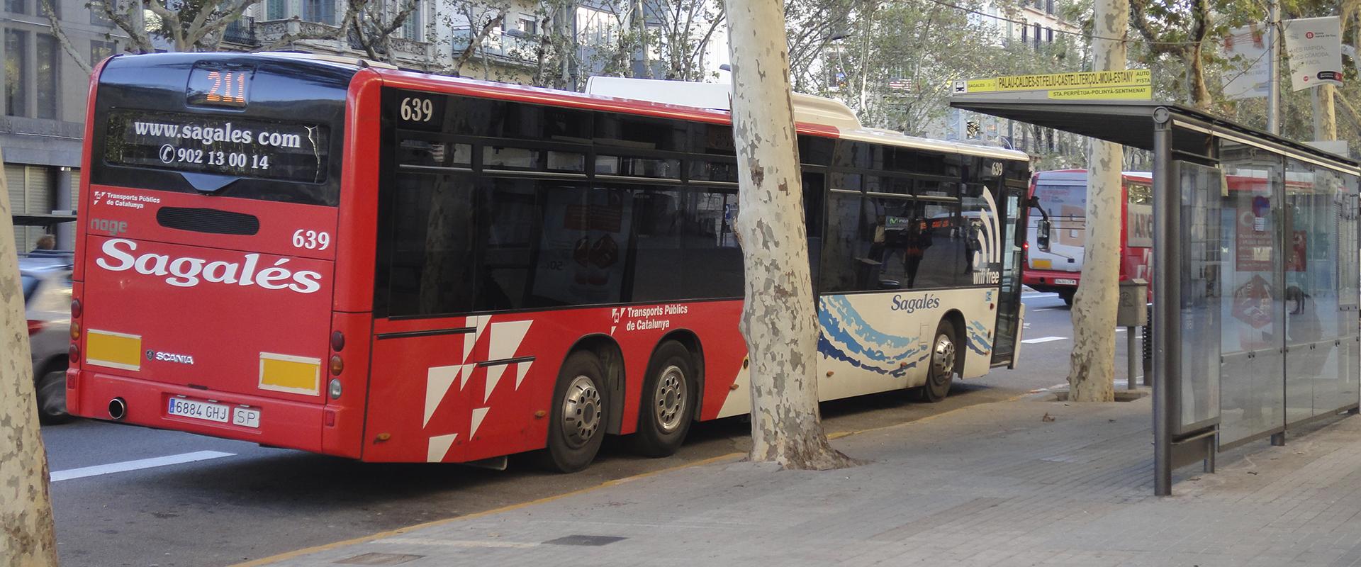 Noves línies de bus per arribar a Nova Icària